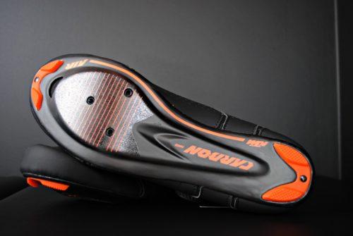 fotografia produktowa butów szosowych carbon od ktm